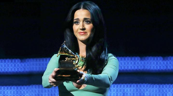 Katy-perry-Grammy-flop-funny.jpg